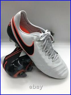 BNWOB Nike Tiempo Legend VI FG Football Boots. Size 10.5 UK