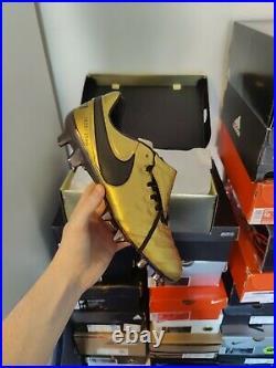 Francesco Totti Limited Edition Nike Tiempo Legend VI SE Football Boots