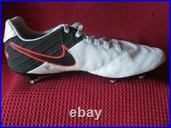 Liverpool Legend Michael Owen Personally Hand Signed Nike Tiempo Boot Coa