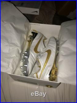 NEW Nike Tiempo Legend 7 Elite 10R FG Ronaldinho Size US 10.5 UK 9.5