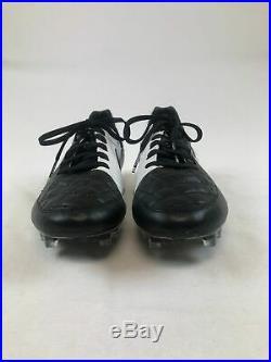 NEW Nike Tiempo Legend V Black/White Cleats (Men's 7.5)