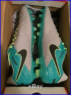 buy online 4da37 8f062 Nike Men's Tiempo Legend VI FG Soccer Cleat (Wolf Grey ...