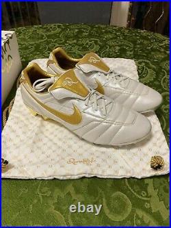 Nike Tiempo Legend 7 Elite R10 Ronaldinho Limited Edition #400 of #1000