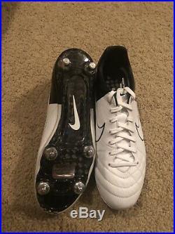 Nike Tiempo Legend IV SG PRO Soccer Cleats