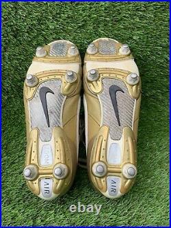 Nike Tiempo Legend R10 Ronaldinho Size UK 8