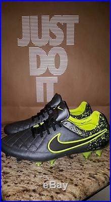 Nike-Tiempo-Legend-V-5-FG-Anthracite-Black-Volt-B