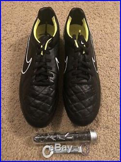 Nike Tiempo Legend V SG PRO Soccer Cleats