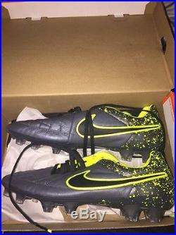 Nike Tiempo Legend V Size 10 US (Brand New With Box)