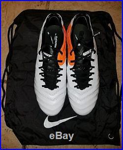 Nike Tiempo Legend VI FG Mens Size 9.5 Soccer Cleats 819177-108 Total Orange