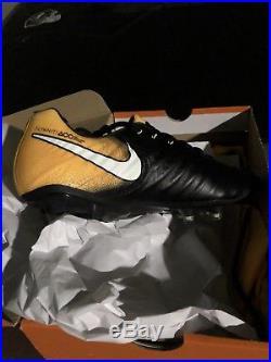 Nike Tiempo Legend VII FG Soccer Cleats Black SZ 11.5 (897752-009)