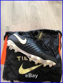 Nike Tiempo Legend VII Fg Mens BNIB UK size 8 Football boots black BNIB