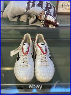RARE Nike Tiempo Legend III SG White/Seaweed-sport red 366202-136 Size 10 Metal