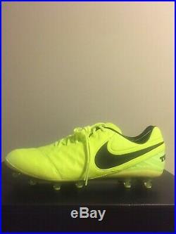 SZ 10 Nike Tiempo Legend VI AG-Pro Soccer Cleats Volt Black Leather 844593-708